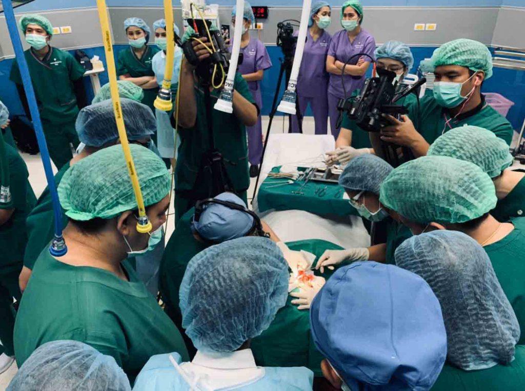 Blog, คลินิคศัลยกรรมความงาม โดย นายแพทย์ พลศักดิ์ วรไกร (หมอเปิ้ล)