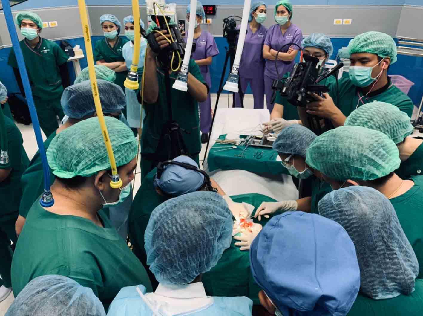 🍎❎ปัจจุบันเคสตัดปีกจมูกเยอะขึ้นมาก❎🍎, คลินิคศัลยกรรมความงาม โดย นายแพทย์ พลศักดิ์ วรไกร (หมอเปิ้ล)